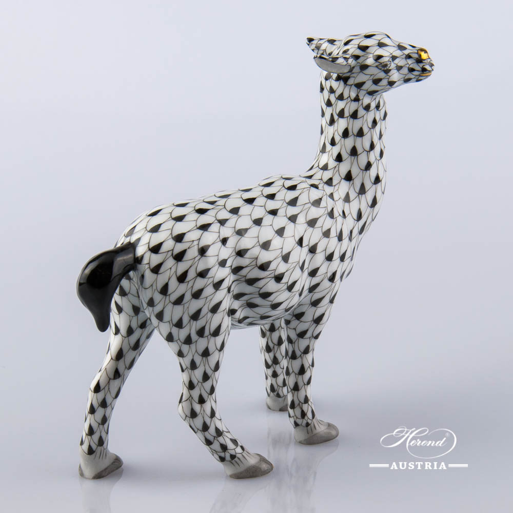Lama 15662-0-00 VHNM Black - Herend Animal Figurine