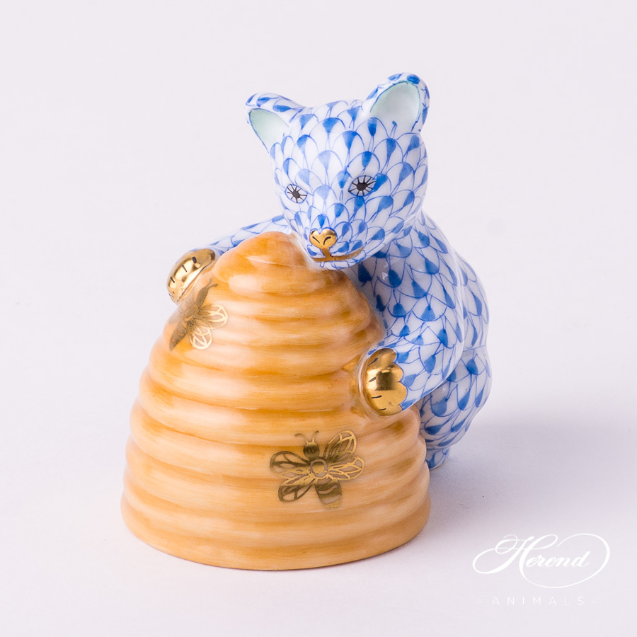 "Bear w. Beehive 15500-0-00 VHB+C Blue Fish scale design. Herend fine china animal figurine. Handpainted. Height: 7 cm (2.75""H)."