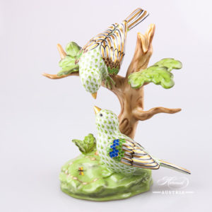 "Birds on Tree 15085-0-00 VHSP12 Green Special fish scale decor. Herend fine china animal figurine. Hand painted. Height: 16.5 cm (6.5""H)"
