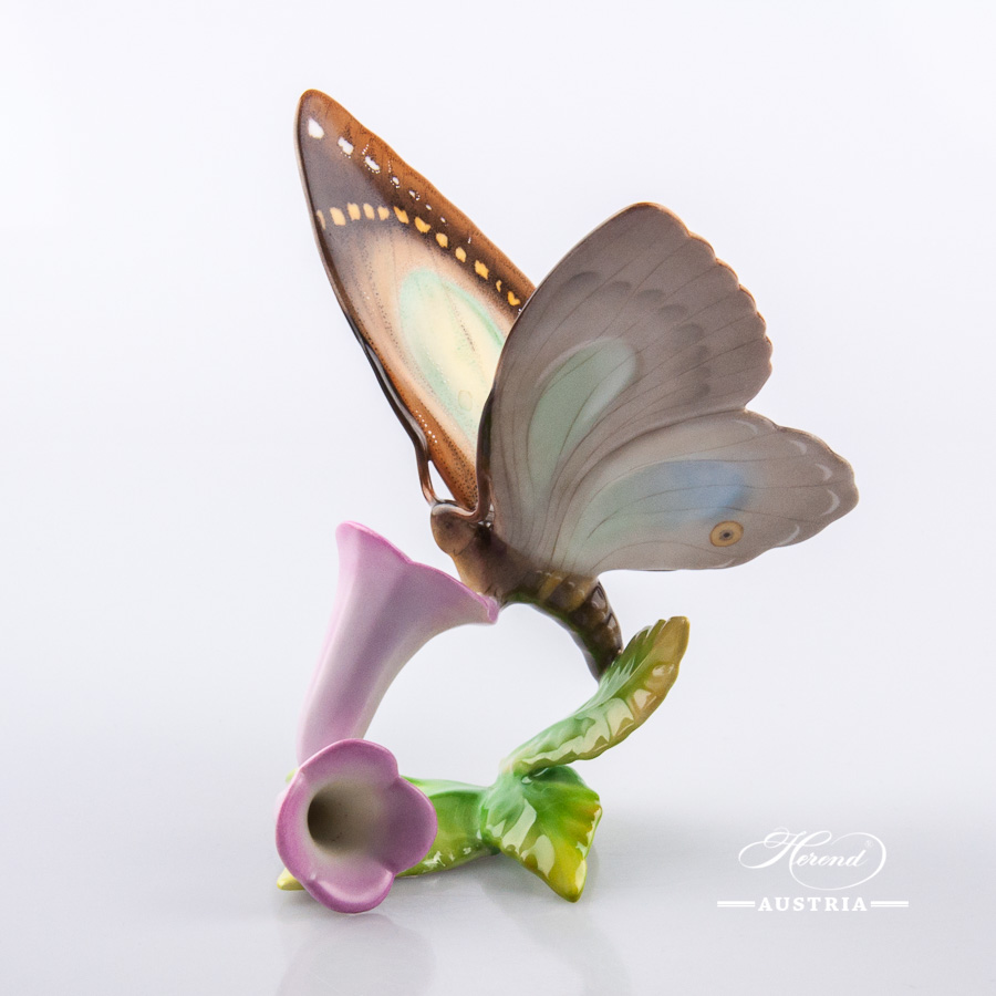 Butterfly with Flowers 9305-0-00 CD Naturalistic - Herend Animal Figurine
