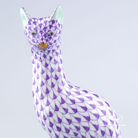 """Cat Egyptian 15458-0-00 VHL Lilac Fish Scale decor. Herend Fine china animal figurine. Hand painted. Height: 15.5 cm (6""""H)"""