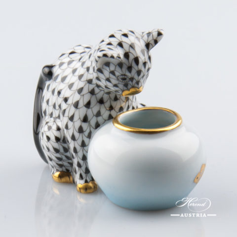 "Cat with Aquarium 15710-0-00 VHNM Black Fish Scale decor. Herend Fine china animal figurine. Hand painted. Height: 6.0 cm (2.5""H)"