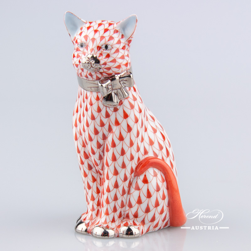 "Cat with Ribbon 15319-0-00 VH-PT Red Fish Scale with Platinum decor. Herend Fine china animal figurine. Hand painted. Height: 11.8 cm (4.75""H)"