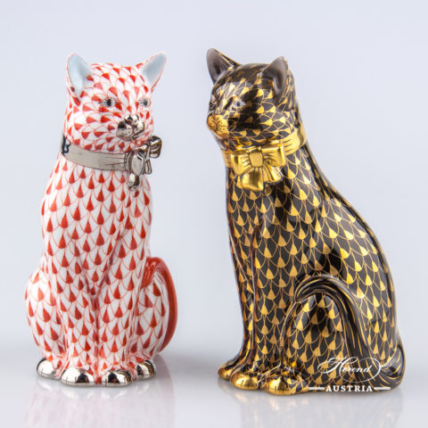 Pair of Cats - Herend Animal Figurines. Herend Austria, Vienna - Trucking & Shipping