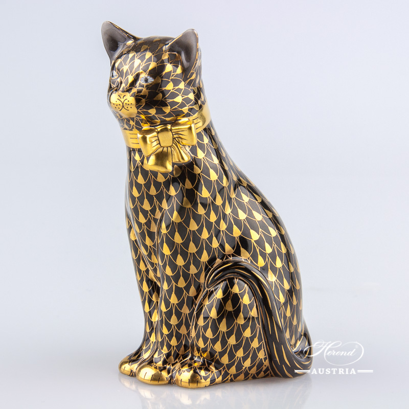"Cat with Ribbon 15319-0-00 VHN-OR Black and Gold Fish Scale decor. Herend Fine china animal figurine. Hand painted. Height: 11.8 cm (4.75""H)"