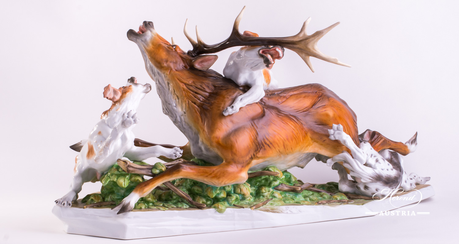 "Deer with Dogs 15210-0-00 MCD Naturalistic - Herend Animal Figurine. Unique Big Herend Porcelain Hunter Statue. Worldwide Shipping. Length 73.5.0 cm (29""L)"