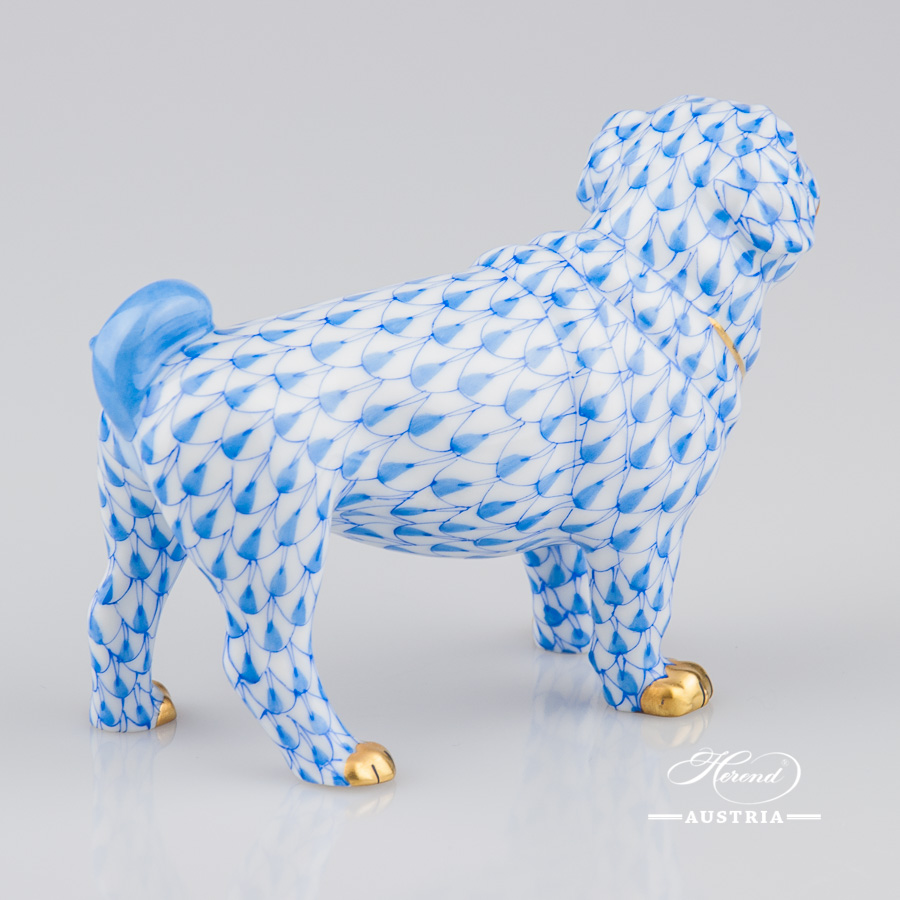 """Dog 15424-0-00 VHB Blue Fish Scale decor. Herend Fine china hand painted. Hunting Dog animal figurine. Height: 10.5 cm (4""""H)"""