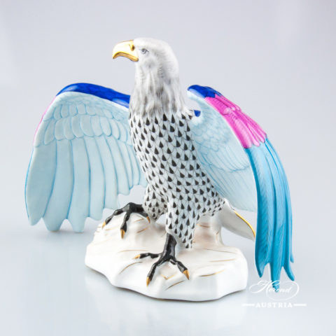 """Eagle 15810-0-00 VHNM Black Fish scale decor. Herend Fine china animal figurine. Hand painted. Width: 28.5 cm (11.25""""W)"""