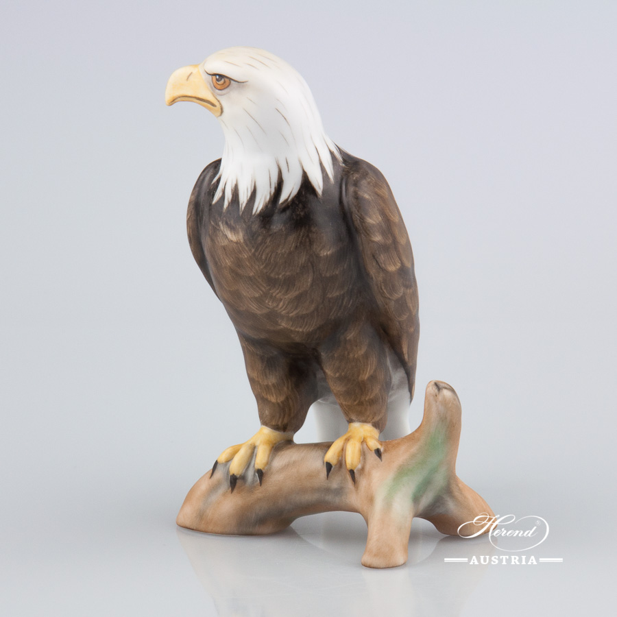 """Bald Eagle 5198-0-00 MCD Naturalistic Matte surface decor. Herend Fine china animal figurine. Hand painted. Height: 13.0 cm (5""""H)"""