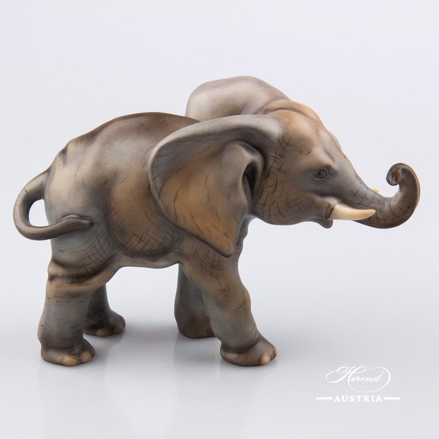 "Elephant 15086-0-00 MCD Naturalistic decor. Herend fine china animal figurine. Hand painted. Length: 16.0 cm (6.25""L)"