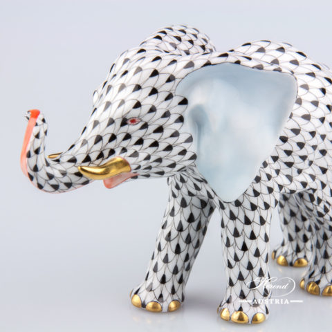 """Elephant 15086-0-00 VHN Black Fish Scale decor. Herend fine china animal figurine. Hand painted. Length: 16.0 cm (6.25""""L)"""