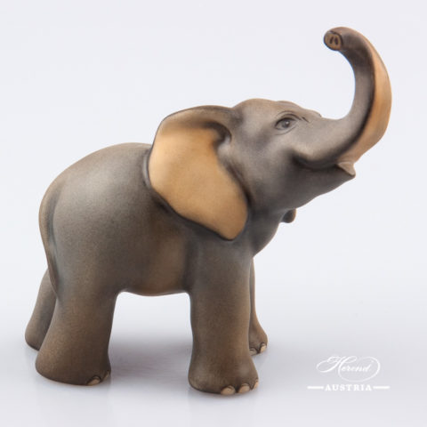 "Small Elephant 5272-0-00 MCD Naturalistic decor. Herend Fine china animal figurine. Hand painted. Height: 9.5 cm (3.75""H)"