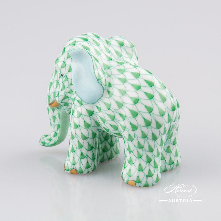 """Small Elephant 5265-0-00 VHV Green Fish scale decor. Herend Fine china animal figurine. Hand painted. Height: 4.8 cm (2""""H)"""