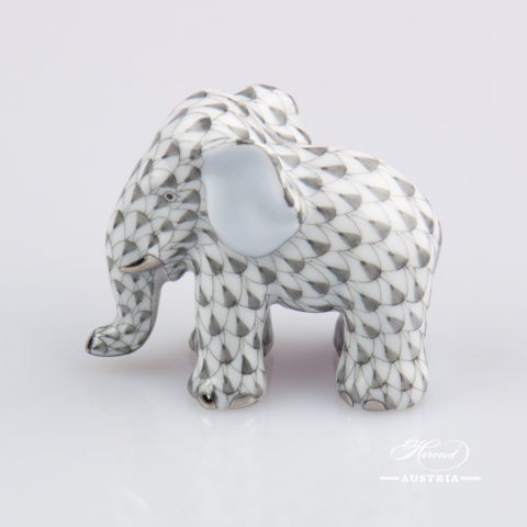 """Small Elephant 5265-0-00 VHG-PT Grey Fish scale with Platinum decor. Herend Fine china animal figurine. Hand painted. Height: 4.8 cm (2""""H)"""