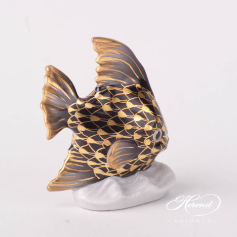 """Sailing Fish 5295-0-00 VHN-OR Black w. Gold Fish scale design. Herend fine china animal figurine. Hand painted. Height 6.5 cm (2.5""""H)."""