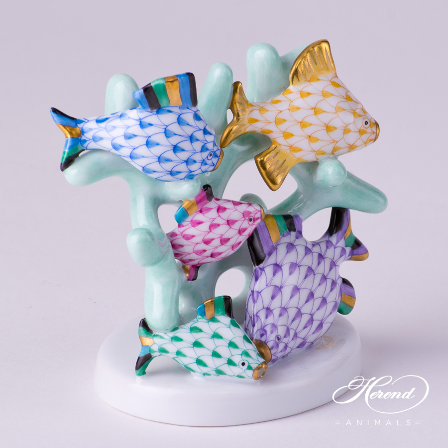 "Fishes on Coral 5256-0-00 VHY-1 Special Multicolor Fish scale decor. Herend fine china animal figurine. Hand painted. Length: 9.2 cm (3.5""L)"