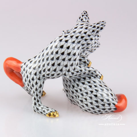 "Foxes 15623-0-00 VHN Black Fish scale decor. Herend fine china animal figurine. Hand painted. Height: 9.0 cm (3.5""H)"