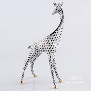"Giraffe 15329-0-00 VHNM Black Fish Scale decor. Herend fine china animal figurine. Hand painted. Height 19.5 cm (7.75""H)"
