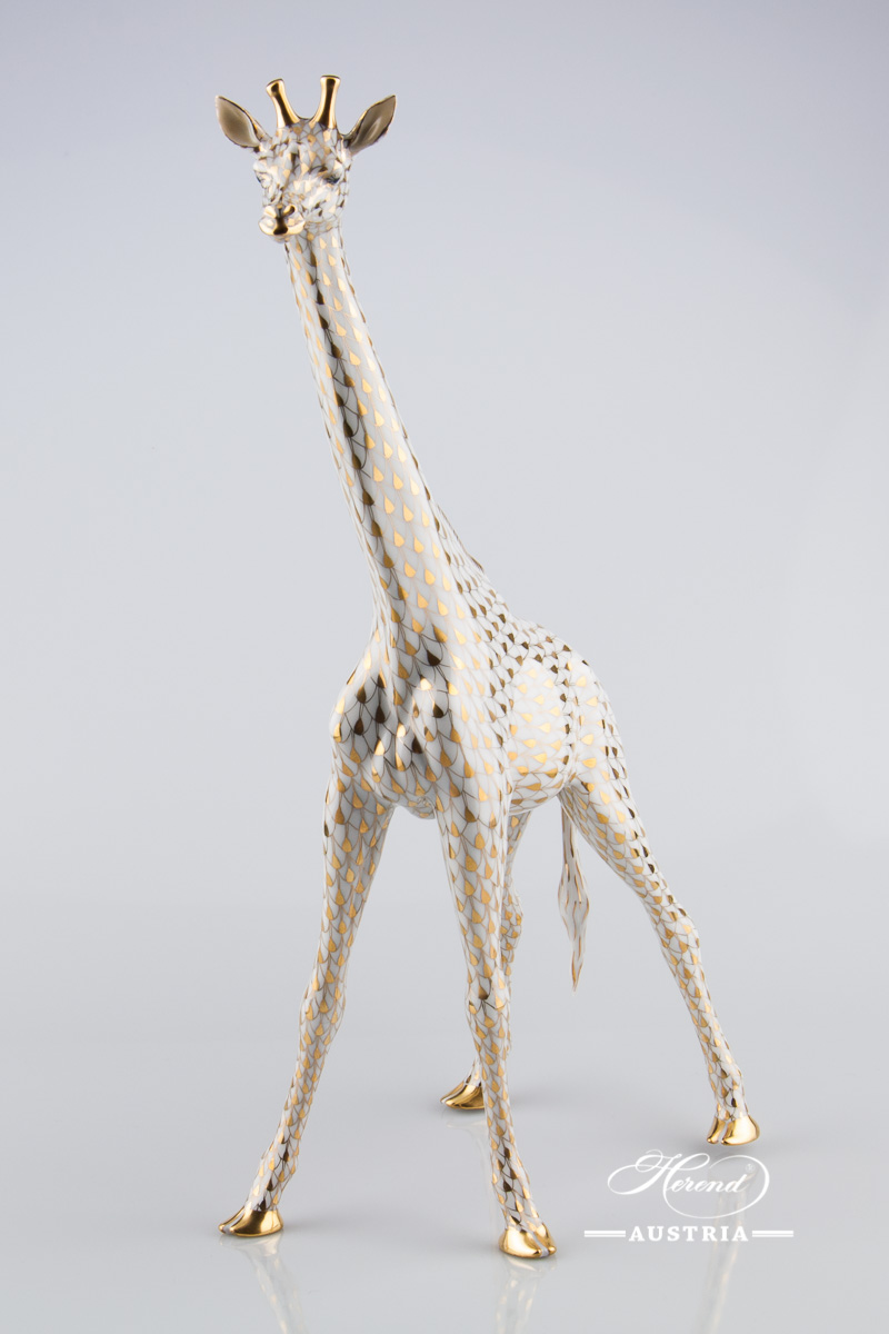"Big Giraffe 15357-0-00 VHOR Gold Fish Scale decor. Herend fine china animal figurine. Hand painted. Height 37.3 cm (14.75""H)"