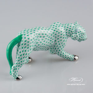 "Tiger 5366-0-00 VHV-PT Green Fish scale with Platinum decor. Herend Fine china animal figurine. Hand painted. Length 20.0 cm (8""L)"