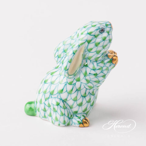 "Elephant 5266-0-00 VHV Green and VHN Black fish scale decor. Herend fine china animal figurine. Hand painted. Length: 12.5 cm (5""L)"