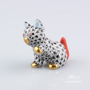 "Small Cat 15512-0-00 VHN Black Fish Scale decor. Herend Fine china animal figurine. Hand painted. Height: 4.0 cm (1.5""H)"