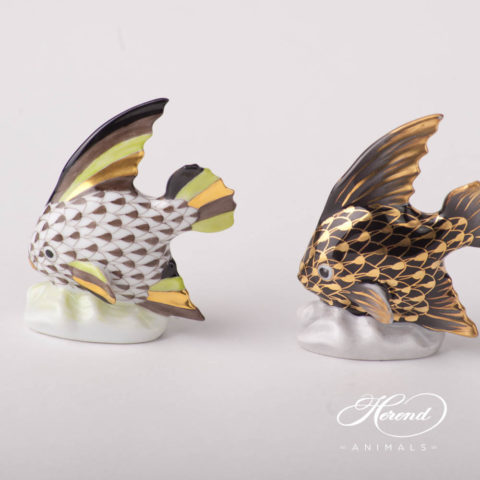 """Sailing Fish 5295-0-00 VHBR1 Brown and Black w. Gold Fish scale design. Herend fine china animal figurine. Hand painted. Height 6.5 cm (2.5""""H)."""