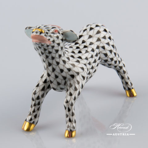 """Ox 15556-0-00 VHN Black Fish scale decor. Herend fine china animal figurine. Hand painted. Length: 8.5 cm (3.25""""L)"""