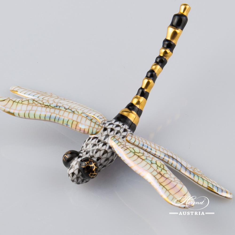 Dragonfly 15918-0-00 VHNM Black - Herend Animal Figurine