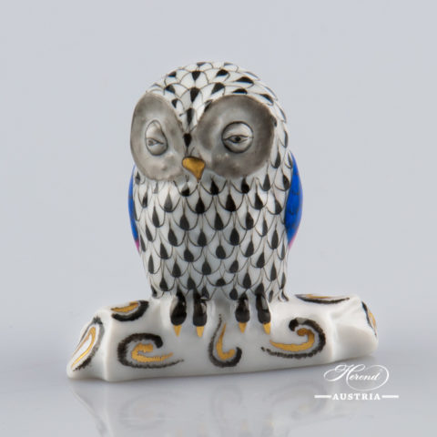 """Owl 15616-0-00 VHNM Black Fish scale decor. Herend Fine china animal figurine. Hand painted. Height 6.0 cm (2.5""""H)"""
