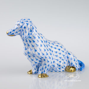 "Small Pig 5357-0-00 VHL Lilac Fish scale decor. Herend Fine china animal figurine. Hand painted. Length: 6.0 cm (2.5""L)"