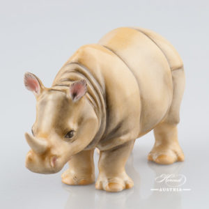 "Rhino 15333-0-00 C Naturalistic decor. Herend Fine china animal figurine. Hand painted. Length: 13.0 cm (5""L)"