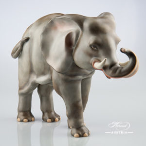 "Big Elephant 5214-0-00 MCD Naturalistic decor. Herend Fine china animal figurine. Hand painted. Height: 24.7 cm (9.75""H) Length: 34.2 cm (13.5""L)"