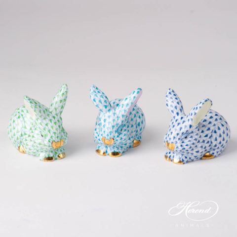 "Rabbit / Bunny 15570-0-00 VHTQ Turquoise Fish scale design. Herend fine china animal figurine. Handpainted. Length 8.5 cm (3.5""L)."