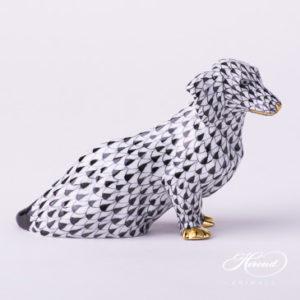 "Dog - Dachshund 15576-0-00 VHN Black Fish Scale decor. Herend porcelain animal figurine. Hand painted. Length: 13.2 cm (5.25""L)"