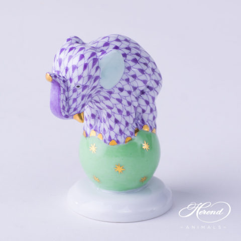 """Elephant on Ball 5215-0-00 VHL Lilac Fish scale decor. Herend Fine china animal figurine. Hand painted. Height: 6.7 cm (2.6""""H)"""