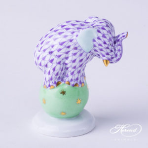 "Elephant on Ball 5215-0-00 VHL Lilac Fish scale decor. Herend Fine china animal figurine. Hand painted. Height: 6.7 cm (2.6""H)"
