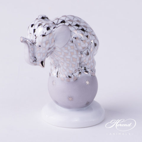"""Elephant on Ball 5215-0-00 PTVH Platinum Fish scale decor. Herend Fine china animal figurine. Hand painted. Height: 6.7 cm (2.6""""H)"""