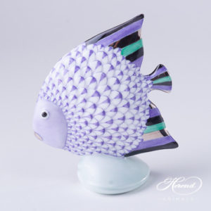 "Fish 15893-0-00 VHL-PT Lilac Fish scale w. Platinum decor. Herend Fine china animal figurine. Hand painted. Height: 10.5 cm (4""H)"