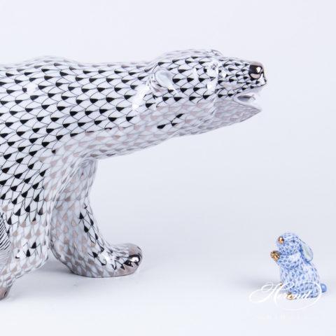 "Big Polar Bear 5299-0-00 PTVH Platinum Fish scale decor. Herend Fine china animal figurine. Hand painted. Length: 40.0 cm (16""L)"