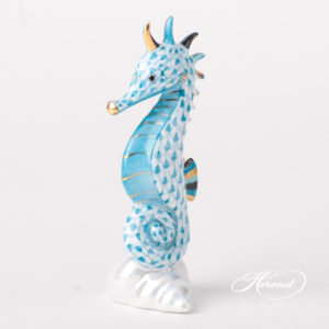 "Seahorse 15325-0-00 VHTQ Turquoise Fish scale design. Herend fine china animal figurine. Hand painted. Height 10.2 cm (4""H)."