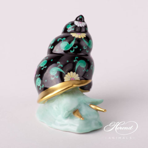 "design. Herend fine china animal figurine. Hand painted. Length: 4.6 cm (1.75""L)"
