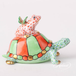"Turtle with Frog and Butterfly 15069-0-00 VHV2+VH+CD - Lime Green + Red Fish scale design. Herend fine china animal figurine. Hand painted. Length: 9 cm (3.5""L)."