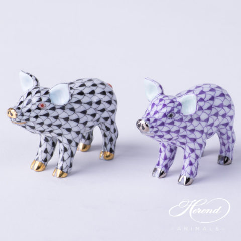 "Small Pig 5352-0-00 VHN Black and VHL-PT Lilac Fish scale decors. Herend Fine china animal figurines. Hand painted. Length: 5.0 cm (2""L)"