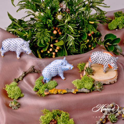 """Wild Boar animal figurine 15507-0-00 is available in Navy Blue, Blue and Black decors. Herend fine china animal figurine. Hand painted. Length: 9.0 cm (3.5""""L)"""
