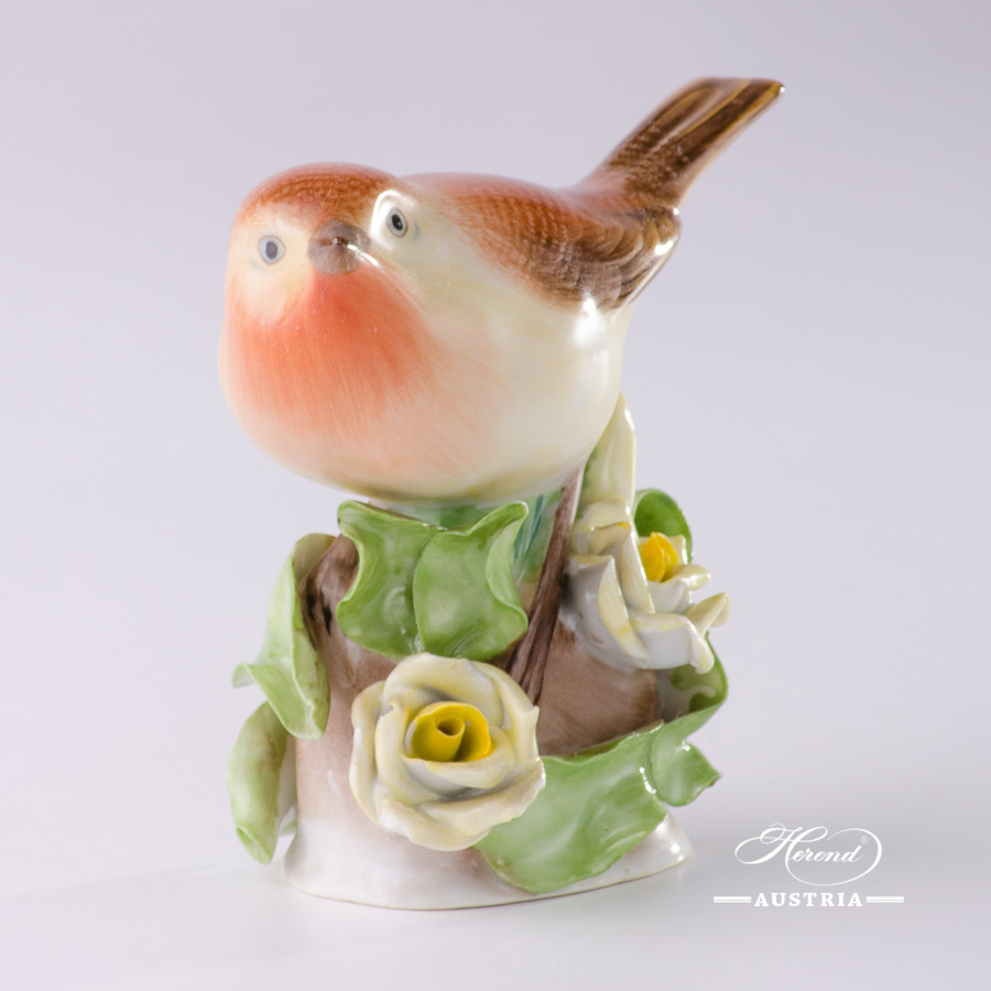 """Bird on Roses 5126-0-00 C Naturalistic decor. Herend fine china animal figurine. Hand painted. Height: 9.0 cm (3.5""""H)"""
