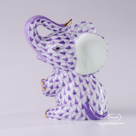 Elephant Animal Figurines: AOR - VHL - VHFB Fish scale patterns. Herend Fine china hand painted