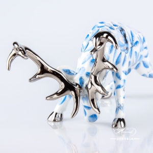 Deer / Stag 15592-0-00 ZOBA-PT Blue w. Platinum design. Herend fine china animal figurine.