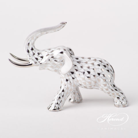 "Elephant 5266-0-00 PTVH Platinum Fish scale special new design. Herend fine china animal figurine. Hand painted. Length 12.5 cm (5""L)."