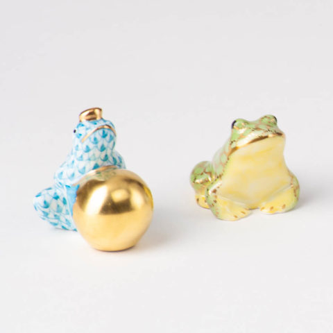 """Frog Prince 15369 ZOVA Green ZOOdesign. Herend fine china animal figurine. Height 3.8 cm (1.5""""H)."""